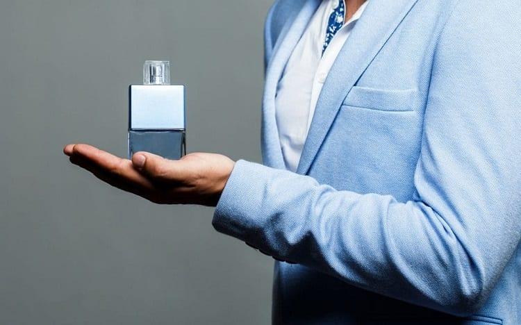 Cologne Oils vs Spray: The Decider